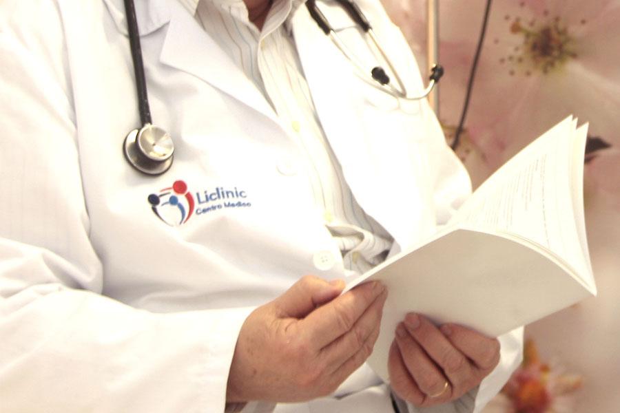 Médico en Liclinic buscando información